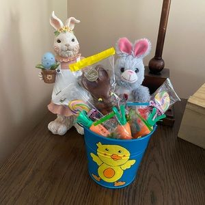 Easter bucket with rabbit